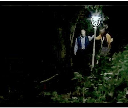 【ヘンリー塚本】ホームレスの盗撮マニア老人!公園カップルを隠し撮り!