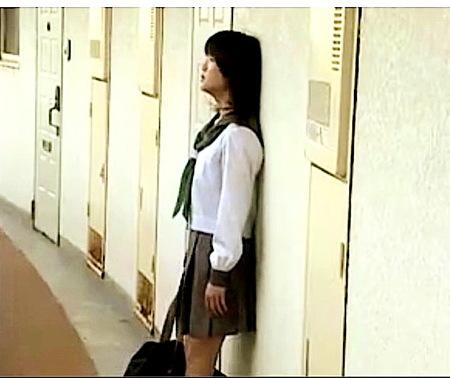 【ヘンリー塚本】清楚な可愛い美少女!団地のおばさんたちにレズビアン!日高ゆりあ 白鳥るり