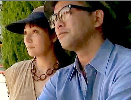 【ヘンリー塚本】ドスケベな官能小説家!人妻と公園で知り合う!【橘慶子・夏海エリカ】