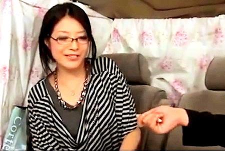 【人妻ナンパ】インテリ妻!実はドスケベでした!
