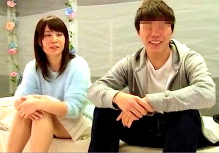 【マジックミラー号】男友達と禁断ファック!清楚な可愛い女子大生!