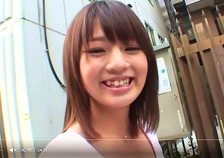 【星咲美由】素人宅訪問!可愛い美少女がいきなりおチンチンフェラチオ!