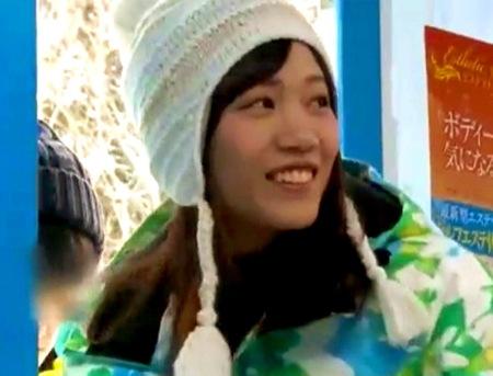【マジックミラー号】スノボ女子大生!可愛い美少女がマッサージで発情する!