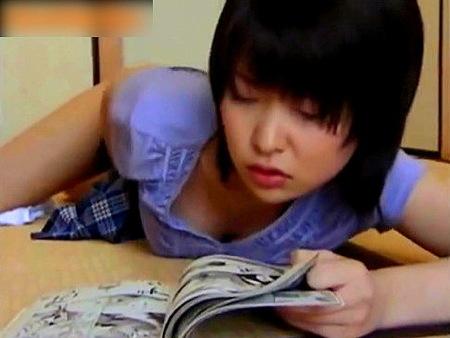 【ヘンリー塚本】女子校生!漫画を読みながらオナニーをしていたが……