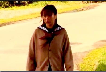 【ヘンリー塚本】通りがかりの女子校生が犯される!二人のダメ人間が襲う!
