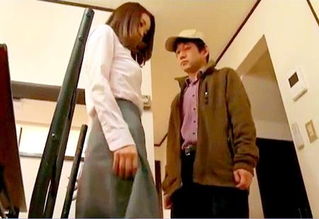 【ヘンリー塚本】力づくの和姦!近所の異常者が部屋に入ってきたわ!