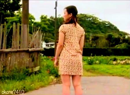 【ヘンリー塚本】気絶が好きな可愛い美少女!ノーパンで倒れていた!