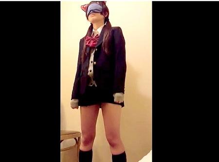 【個人撮影】目隠しの可愛い美少女ロリータ!おチンチンを入れられる!