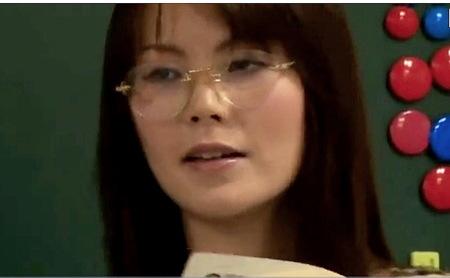 【ヘンリー塚本】教師になった好色女!真面目そうだがセックス大好きです!