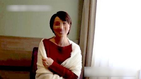 【個人撮影】かなりの美人妻!ラブホテルで浮気をしています!