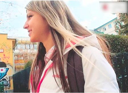 【外国人】金髪ロリ女優!肛門におチンチンいれます!