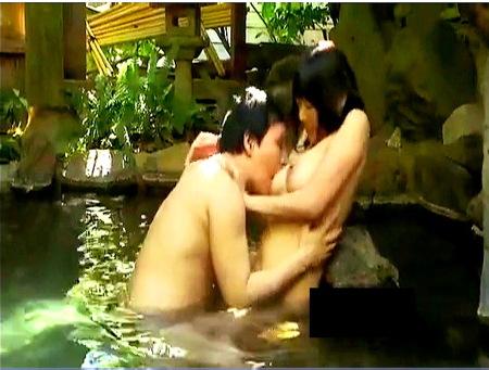 【風呂】浜崎真緒!混浴とは知りませんでした!