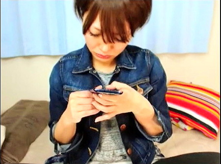 【個人撮影】ボーイッシュな美少女!デカパイお姉さんが生ストリーミング配信ライブチャット!