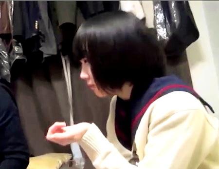 【個人撮影】媚薬ドラッグを飲む可愛い美少女ロリータ!エッチします!