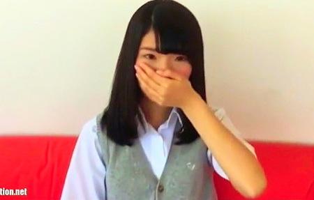 【個人撮影】幼児体型の女子校生!おっさんとなれない援交!