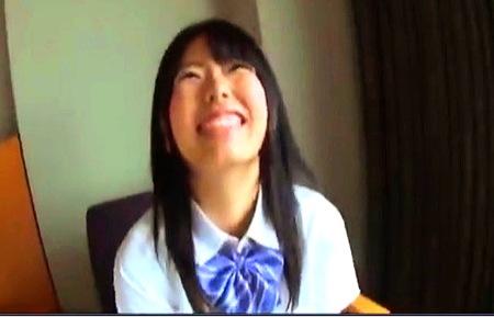 【個人撮影】援交しているJKの美少女!イケメンとファック!