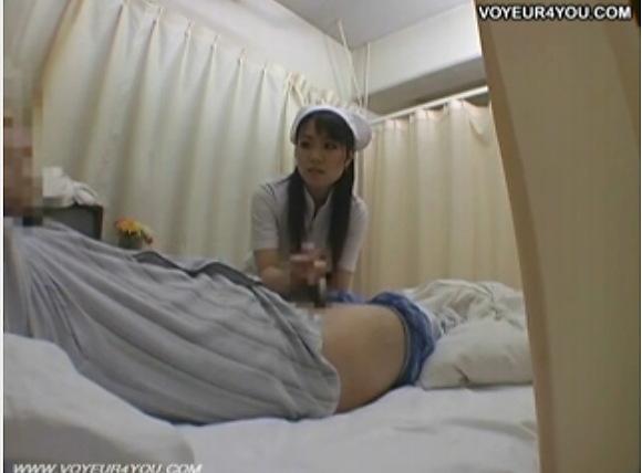 病院にて、看護婦の盗撮無料hamedori動画。[盗撮]看護婦の手コキサービスです!病院盗撮動画です!