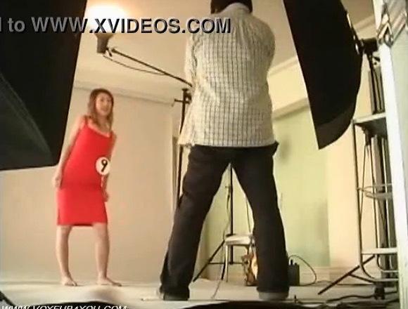 更衣室にて、モデルの盗撮無料hamedori動画。盗撮スーパーモデルがインチキ撮影にひっかかります!更衣室盗撮動画です!