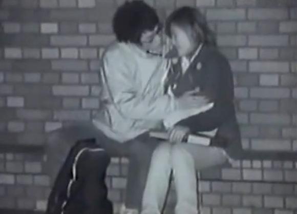 学校にて、素人女性のフェラ無料hamedori動画。[盗撮]学校の帰りにベンチでフェラチオさせてます!公園盗撮動画です!