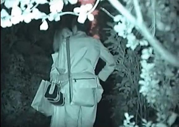盗撮無料ハメ撮り動画。盗撮会社の帰りに公園によってファックしてます!公園盗撮動画です!