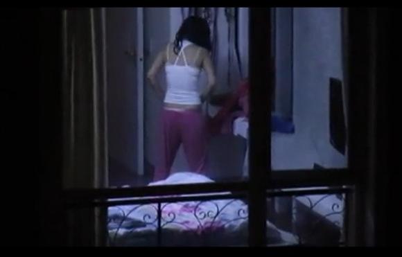 盗撮無料ハメ撮り動画。[盗撮]向かいの窓を望遠レンズで盗撮!民家盗撮動画です!