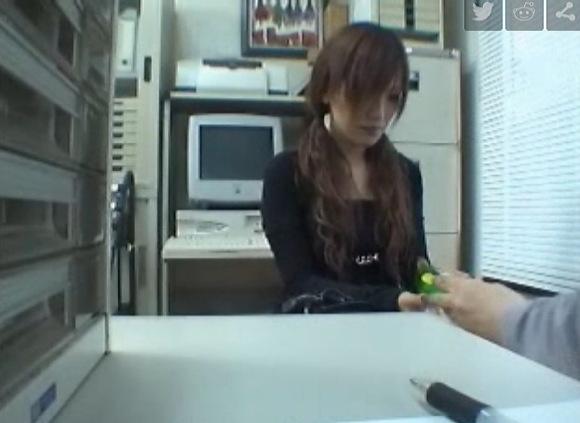 美人の盗撮無料syukan動画。[盗撮]ずいぶんと美人ですが万引きしました!万引き盗撮動画です!