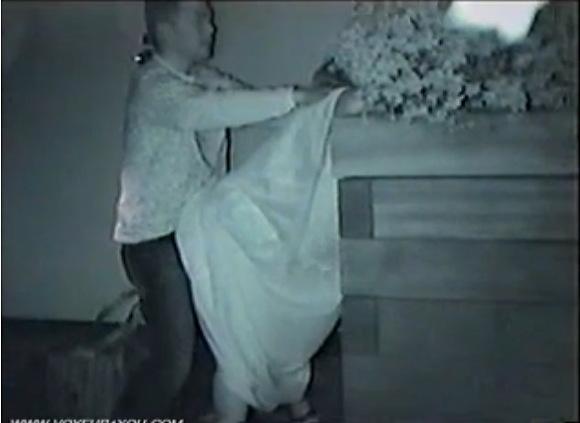 カップルの盗撮無料ハメ撮り動画。[盗撮]深夜の公園でカップルがやってる!公園盗撮動画です!