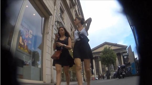 ミニスカの素人女性の盗撮無料エロハメ撮り動画。[盗撮]セクシー娘のミニスカート姿!パンチラ盗撮動画です!