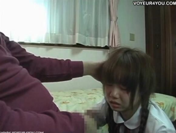 家庭教師の盗撮無料hamedori動画。盗撮教え子にチンポコを見せたら驚きました!家庭教師盗撮動画です!