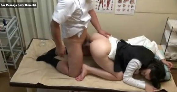 OLの盗撮無料主観動画。[盗撮]OLが膣の中をエステされた!マッサージ盗撮動画です!