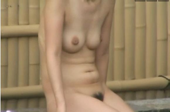 温泉にて、ギャルの盗撮無料syukan動画。盗撮温泉に入っている若いギャル!風呂盗撮動画です!