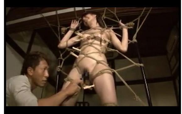[盗撮]友田彩也香さんが蜘蛛の巣のようなものに引っかかっています!SMフェチ動画です。