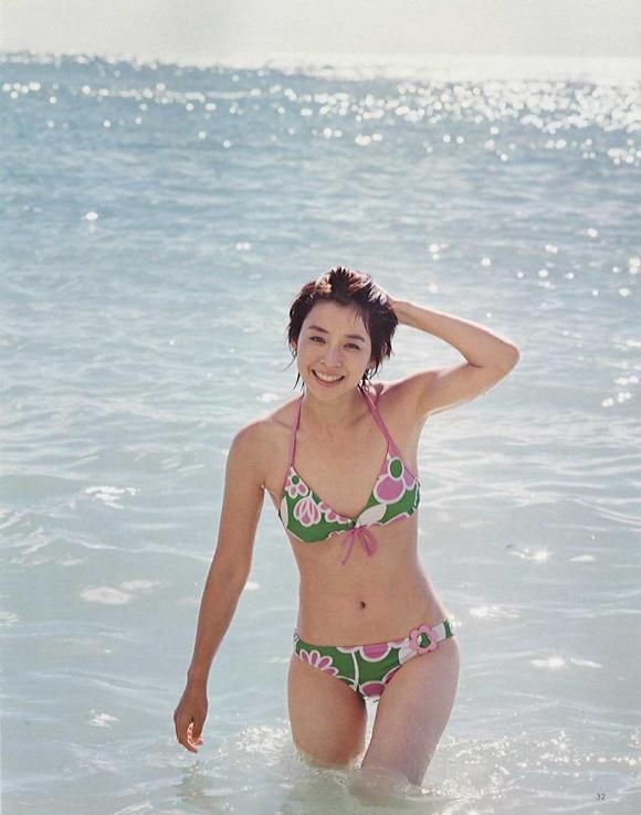 石田ゆり子ピクチャ01