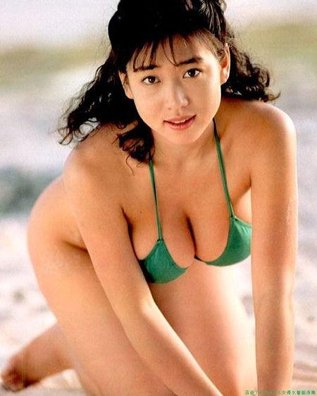 細川ふみえさん水着03