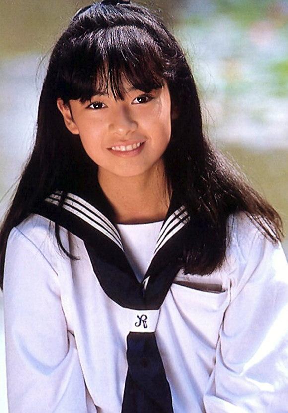 後藤久美子さんおっぱい01
