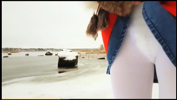 【ABDL+オムツ+お漏らし+LittleLadyLumi】『冬の海岸でおむつを濡らしていじる』他【動画】