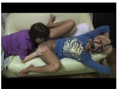 [盗撮]黒ギャルと熟女のレズという特殊なもの!巨乳ギャル動画です。