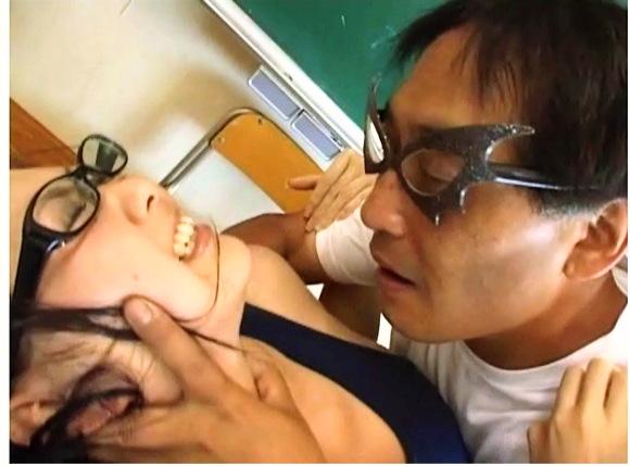 【スクール水着+眼鏡っ娘+女子高生】これはやばいムッチリしたスクール水着のアウロリJK『スク水めがねっ娘レイプ 〜Male Trance Glasses 〜 episode.2』【美少女+ロリータ+Eye Wear+画像20枚】