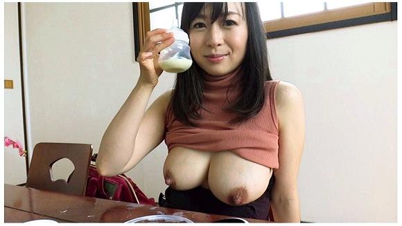 『ミルクママと母乳生搾り面接 羽月希』【乳搾り+熟女+アロマ】