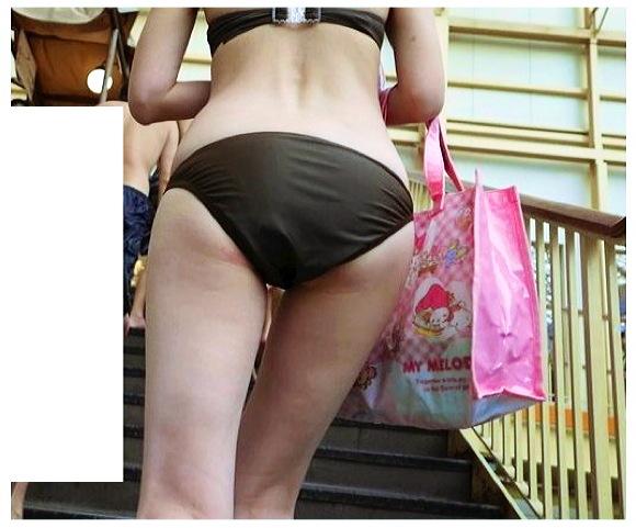 『【期間限定4K高画質】若妻さんビキニ11』【ふらP+ビーチ+プール+水着+個人撮影+本物盗撮+スマホ撮影】