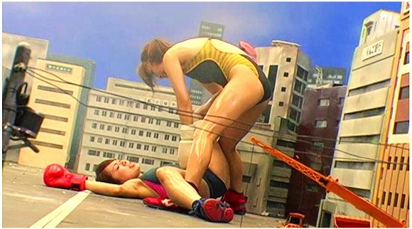 【ジャイアンティス】水泳部の選手が巨大化して喧嘩して都市が破壊されます『巨大女対決01』【甲斐ミハル 村瀬優花+GALLOPギャロップ】