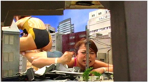 『巨大女対決01』【甲斐ミハル 村瀬優花+GALLOPギャロップ】