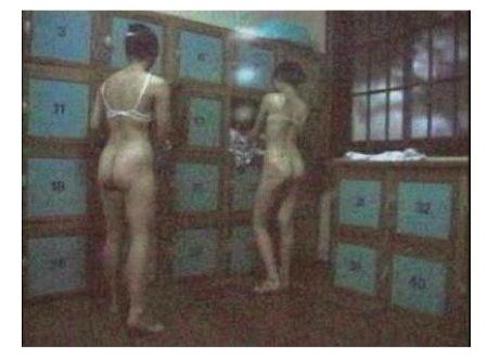 大浴場の脱衣所 ナマ脱ぎ盗撮