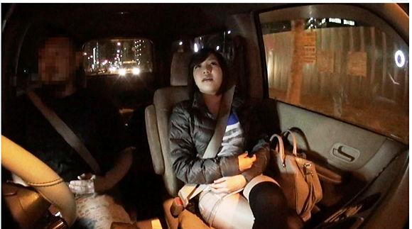 都内人気痴女専科デリヘルで働く新米送迎ドライバーが体験した信じられないエロイ車内