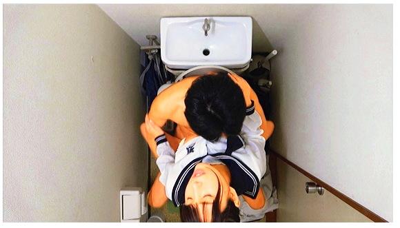 『女子○生 トイレSEX盗撮 187分』