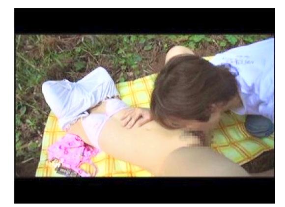 『悪戯茶巾少女 つなちゃん スカートめくりでオマンマンいじめ』