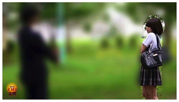 『盗撮 街行く人にバレた!見られた!!恥ずかしい…路地裏おしっこ漏らし女子校生』【おしっこ+小便+スカトロ+美少女+EVO】