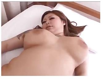 爆乳ピクチャ21