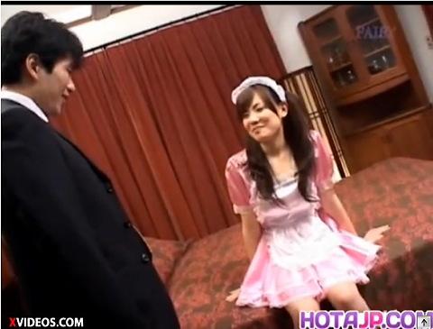 【盗撮 デート】爆乳のメイドの盗撮H無料動画。[爆乳]メイドとデートをします!コスプレ盗撮動画です。