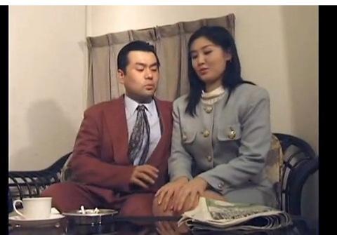 ホテルにて、爆乳の人妻の不倫無料デカパイ動画。[爆乳]竹村ゆみさんがホテルで不倫密会!巨乳人妻動画です!